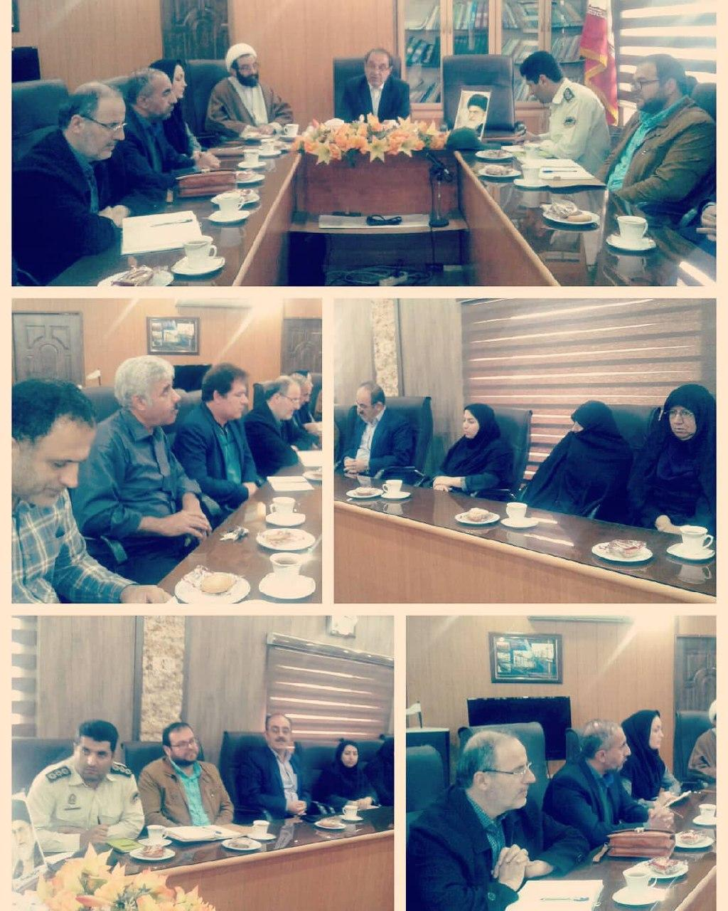 جلسه ستاد بزرگداشت یوم الله سیزدهم آبان به ریاست شهردار رستم آباد در سالن جلسات شهرداری برگزارشد.