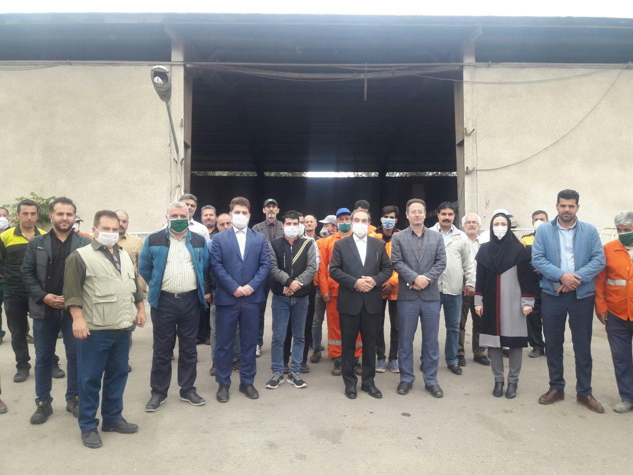 از کارگران خدوم شهرداری رستم آباد تجلیل شد