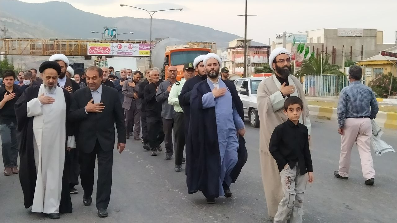 مراسم عزاداری و دسته بری سالروز شهادت امام جعفر صادق (ع) در شهر رستم آباد برگزار شد